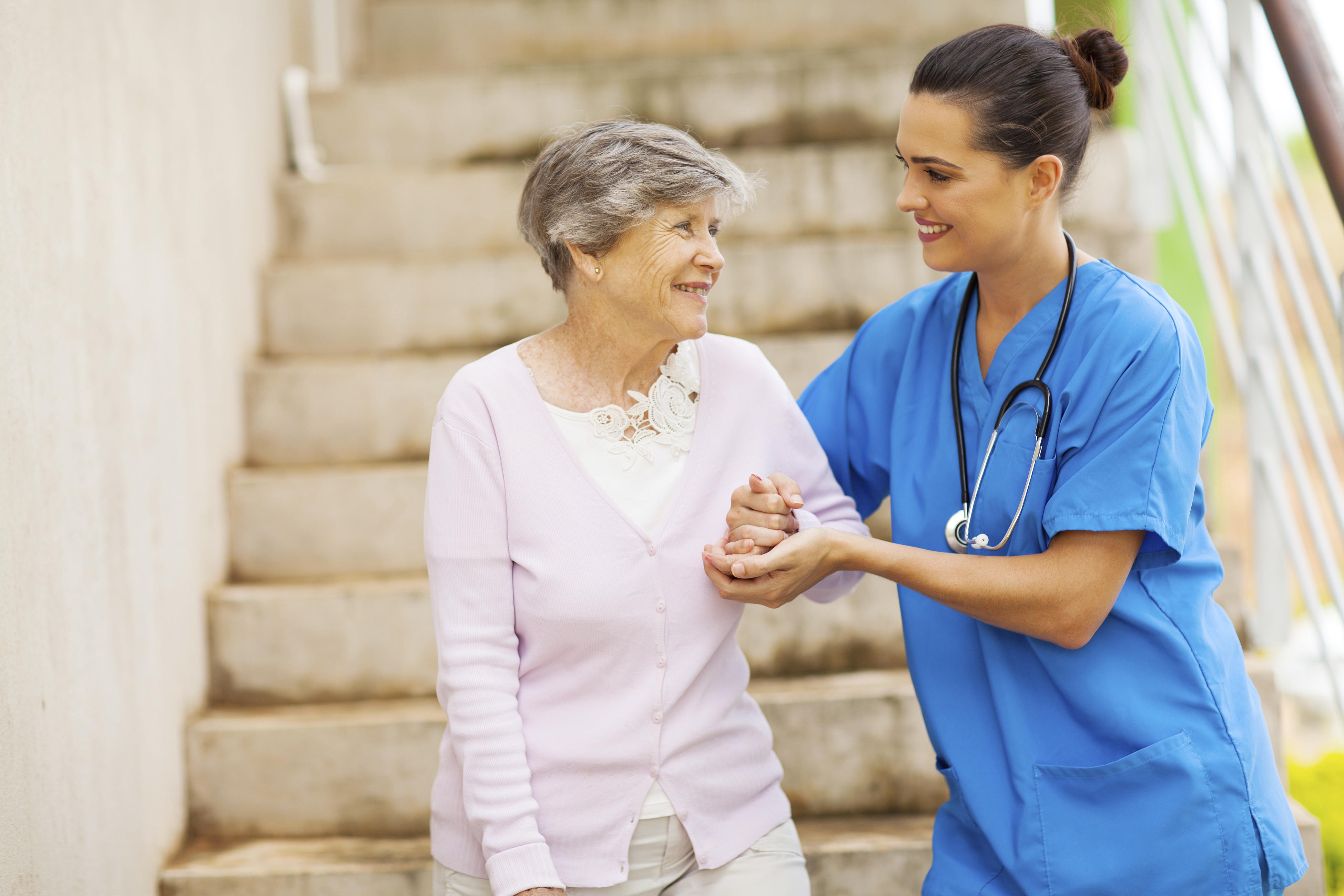 Things to Consider When Selecting In-Home Care Services